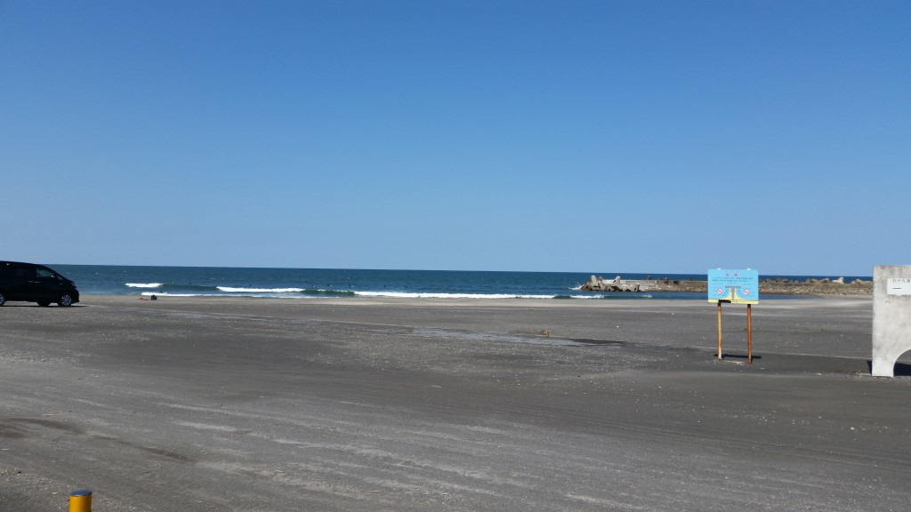 すぐ近くの一宮海岸